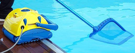 Aspirateur et robot de piscine